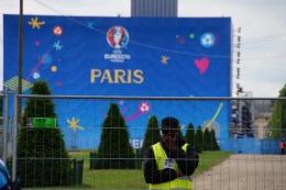 Paris im Hochsicherheitswahn. Zwischendurch auch langweilig.