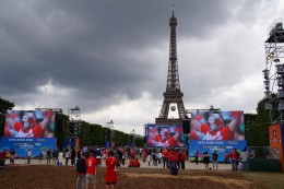 Fanzone Paris.